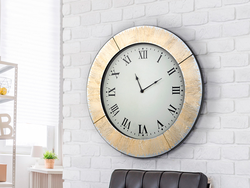 Ideas for decorating with wall clocksSCHULLER – Mueble ...
