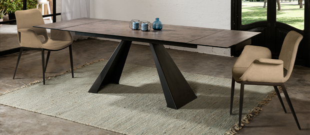 Schuller DINING TABLES